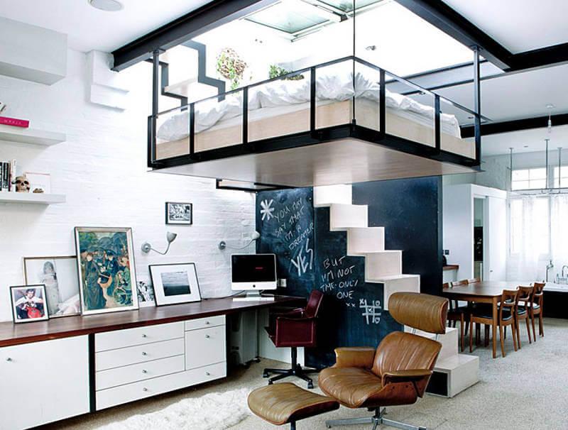 подвесная кровать в маленькой квартире