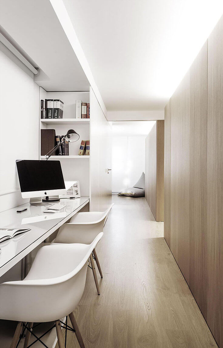 рабочий стол для двоих в коридоре