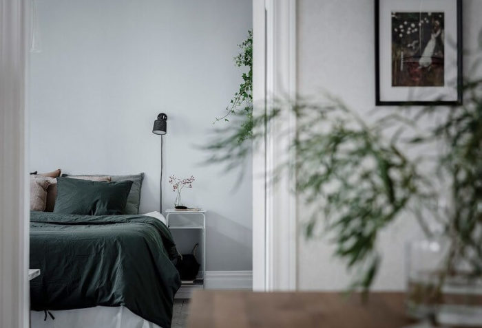 спальня и дизайнерская российская мебель
